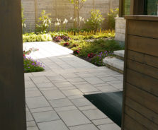 Modern walkway landscaping in Ottawa
